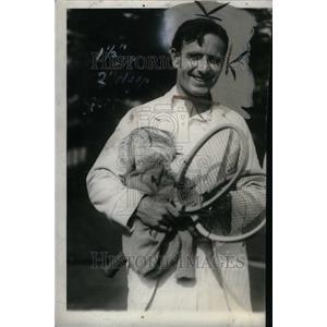 1928 Press Photo John Hennessy Tennis Rocket - RRU33823