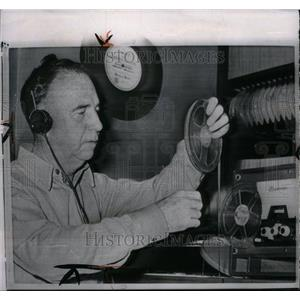 1963 Press Photo Orville Hodge Ex Auditor Disc Tape - RRU37697