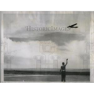 Press Photo Rawlines plane buzzes Divide Weekly Aerial - RRX05975