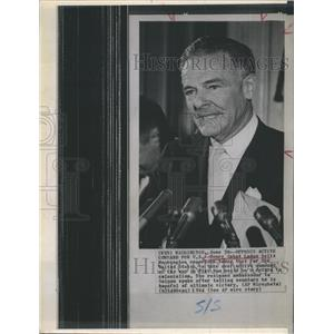 1964 Press Photo Resigned ambassador to Saigon Henry Cabot Lodge in Washington.