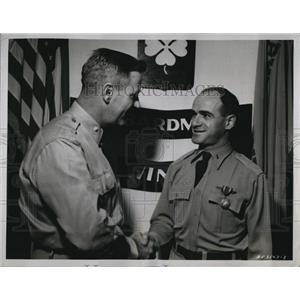 1953 Press Photo First Lt Patrick J Mango Lt Col William K Brooks Air Medal