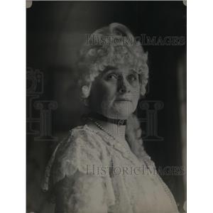 1921 Press Photo Mrs.W.W. Richardon in character of Martha Washington.