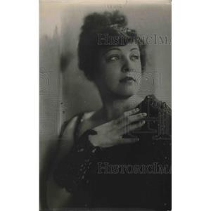 1920 Press Photo Actress Dolly Lewis - nea78833