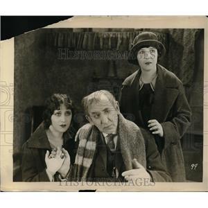 1927 Press Photo Robert Edeson, Florence Vidor, Virginia Faire, Welcome Stranger