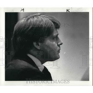1984 Press Photo Lawyer Harvey Bruner Listens As Judge Finds Him Not Guilty