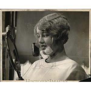 1927 Press Photo Peaches Browingm American Actress.