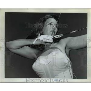 1963 Press Photo Archery champion Kay Ratliff - ora96577