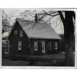 1968 Press Photo Bedford Ohio Old Homes - cvb01679
