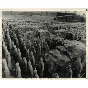 1988 Press Photo Sculpture of Ancient Chinese Warriors & Chariot Horses