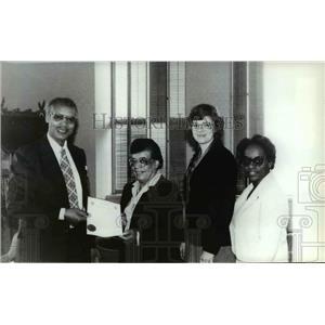 1983 Press Photo Mayor Jim Chase, Frances Scott, Sharon McDred and Joyce Bobbitt