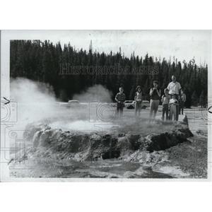 1966 Press Photo Yellowstone Park - spa01285