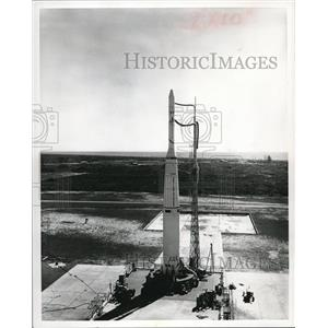 1963 Press Photo Douglas Delta Rocket with explorer X at Cape Canaveral