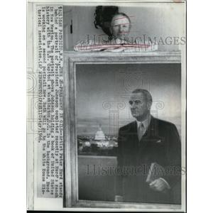 1966 Wire Photo Hurd stands behind a portrait of Pres, Johnson in New Mexico