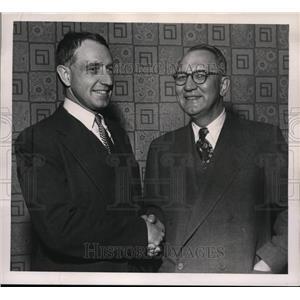 1952 Press Photo Dr Francis Daniels Moore prof Harvard school and R.E. Ahlquist