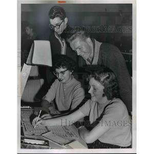 1960 Press Photo Darleen Freihet, Myria Hall, Bob Thomas, Bob Milstead