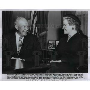1956 Press Photo President Eisenhower, Senator Eve Kelly Bowring in DC