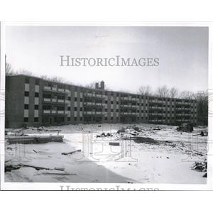 1966 Press Photo The Park Place Apartments in Parma Heights - cva86892