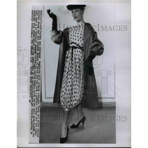 1956 Press Photo Jacques Griffe afternoon fashions modeled at Paris show