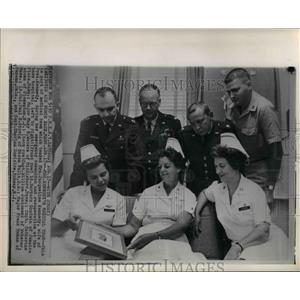 1963 Wire Photo Medical team which tended Mrs. Jacqueline Kennedy - cvw12231