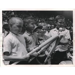 1964 Press Photo Children received free Little League bats at Cleveland Stadium