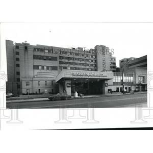 1991 Press Photo St. Alexis Hospital Medical Center - cva89297