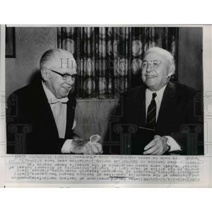 1962 Press Photo Roy Howard of Pres. of N.Y. Worl Telegram and Basil Walters.