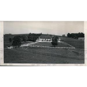 1945 Press Photo Dr Orio O Maughan developed idea of surveying farm sections