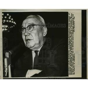 1961 Press Photo J.T. Thompson , Westinghouse sales Manager of switchgear.