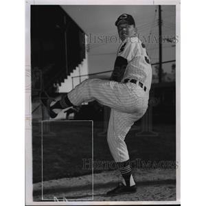 1961 Press Photo Gary Bell - Indians  - cvb58089