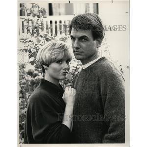 1992 Press Photo Mark Harmon, Kim Ulrich Johnston in Reasonable Doubts