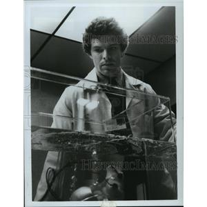 1983 Press Photo Joseph Bottoms stars in Wishman at 7pm on ABC - mja12094