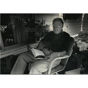 1989 Press Photo John Voight, former chief at Boerner Botanical Garden