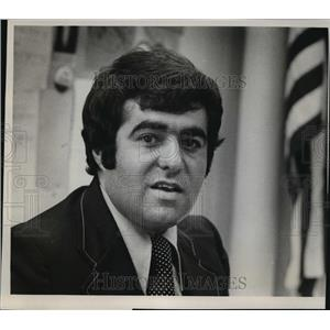 1977 Press Photo Thomas Balistreri, the assistant principal at 8th Street Junior