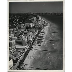 1955 Press Photo Aerial view of Miami Beach, Florida - mjx18464