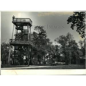 1992 Press Photo observation tower by Lake Winnebago and High Cliff State Park