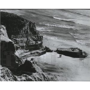 1984 Press Photo Cliff View of California Coast near San Diego - spa35379