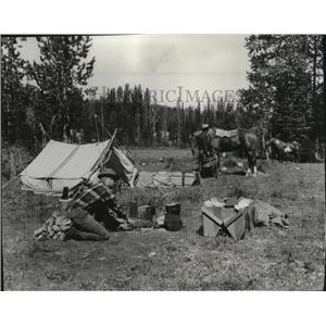1960 Press Photo Camping - spa35878