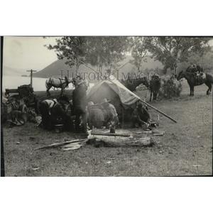 1967 Press Photo Cowboy chuck wagon during British Columbia camping trip