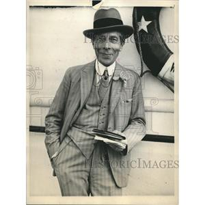 1931 Press Photo actor George Arliss sailing on the SS Majestic for visit aboard