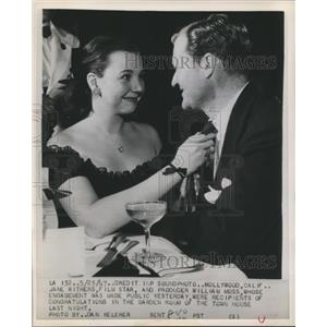1947 Press Photo actress Jane Withers gets engaged to producer William Moss