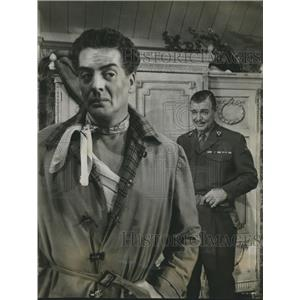 "1954 Press Photo Victor Mature and Clark Gable in ""Betrayed"" - sbx03593"