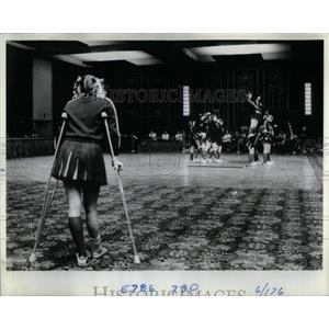 1982 Press Photo Bev Austin High School Cheerleading - RRX53559