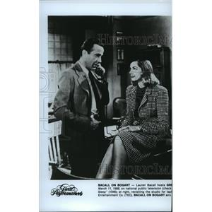 1989 Press Photo Lauren Bacall and Humphrey Bogart in The Big Sleep. - spp03825
