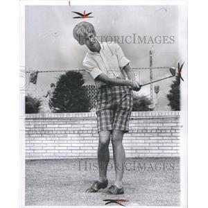 1963 Press Photo Carol Mann Professional Golfer. - RRW32155