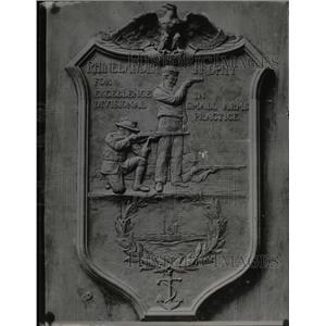 1915 Press Photo Battleship New York Crew Trophy - RRX75125