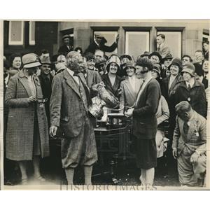 1930 Press Photo Diana Fishwick Womens Open Golf Championship Cup winner