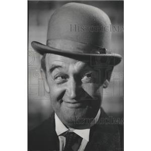 1945 Press Photo Barry Fitzgerald, Film and Television Actor - spx20339
