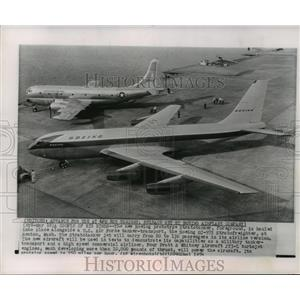 1954 Press Photo Boeing prototype Stratotanker, U.S. Air Force tanker-transport