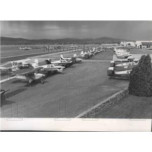 1959 Press Photo Airplanes lined up for Powder Puff Derby