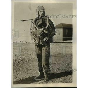 1928 Press Photo Fred Melchoir Flies to Rescue Bremen Plane in Greenly Island